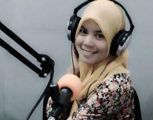 penyiar radio palembang - pantun ceplas ceplos - etnikom - penyiar pantun