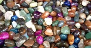 Cara-Mendeteksi-Perbedaan-Batu-Akik-Asli-dan-Palsu