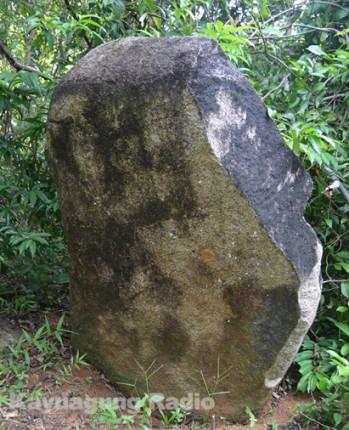 etnik - 7 BATU BATU BERNILAI SEJARAH BUDAYA SUMPAH SERUNTING SAKTI SI PAHIT LIDAH DI KAWASAN WISATA ALAM BUKIT BATU OKI