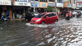 palembang-banjir-1
