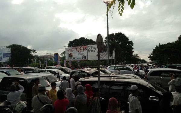 penampakan gerhana matahari di palembang indonesia
