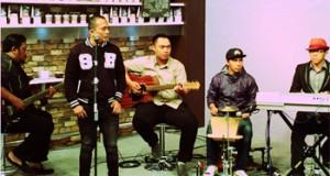Lela Band – 2nd Single Aku Bukan Sempurna
