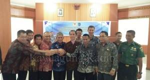 Penandatanganan Akta Perdamaian Masyarakat Tani Air Sugihan & PT. Selatan Agro Mekmur Lestari 09/02/17