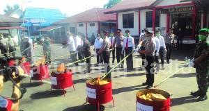 Kunjungan Kerja Kapolda Sumsel Ke Kabupaten OKI. Musnahkan Barang Bukti Narkotika Kamis (23/02/17)