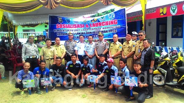 Foto Bersama Komunitas Motor Club Bende Seguguk.