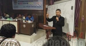 Mad Bodok (Sripo) akhirnya terpilih menjadi ketua  Persatuan wartawan Indonesia (PWI) Kabupaten Ogan Komering Ilir .