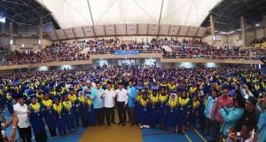 Wakil Gubernur Sumsel H. Ishak Mekki dan Bupati OKI bersama Ribuan Santri Wisudawan TK TPA